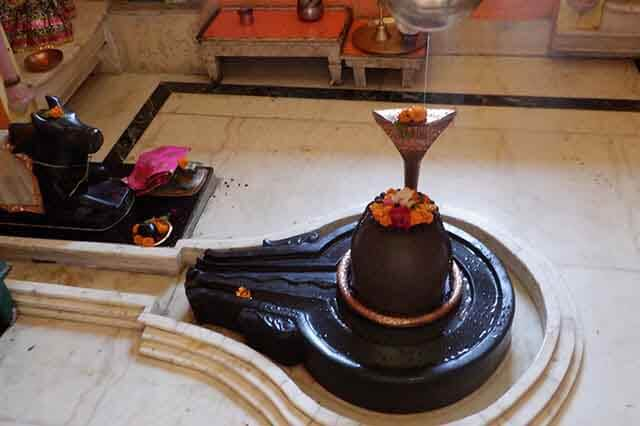 shivling (an indian god)